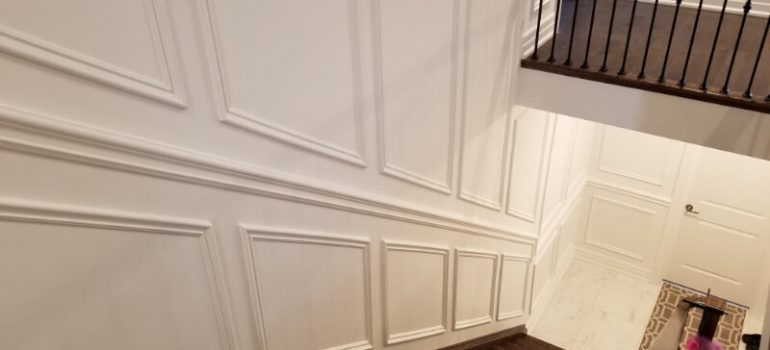 How to Install Wainscoting on Stairs