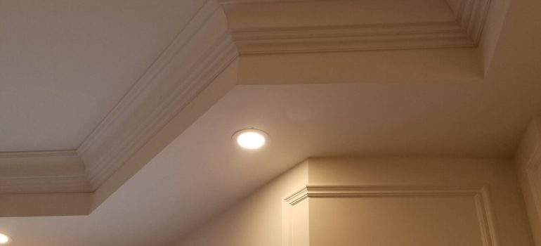 Why Hire a Finish Carpenter to Install Crown Moulding?